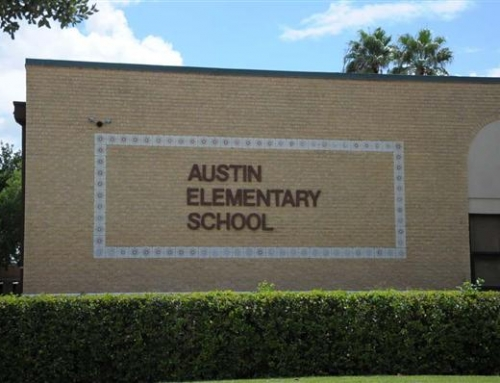 Warren Tichenor Donates New Tech for Austin Elementary